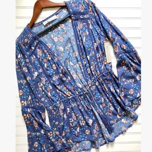 Tops - Blue Floral Scalloped Open Cardigan w/ Pink Tassle